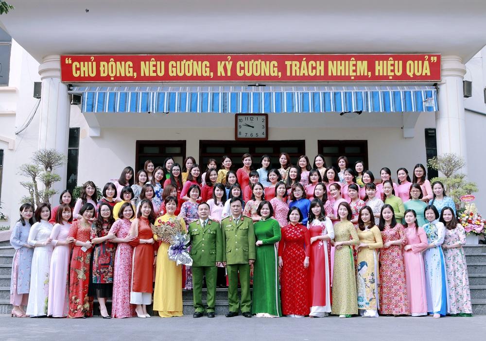 """Hội Phụ nữ Trường Đại học PCCC hưởng ứng """"Ngày hội áo dài Việt Nam"""""""