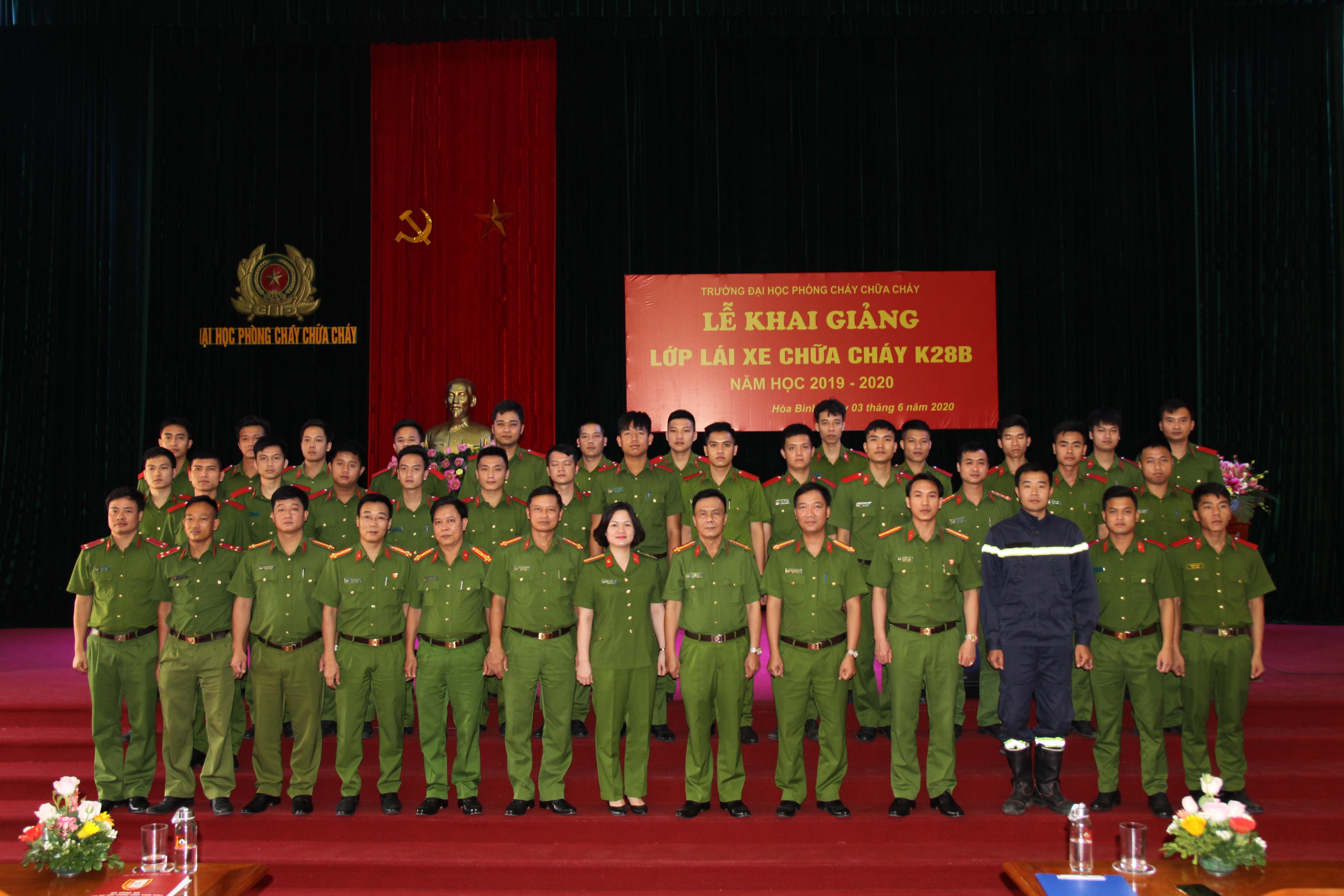 Lễ khai giảng lớp Lái xe chữa cháy K28B