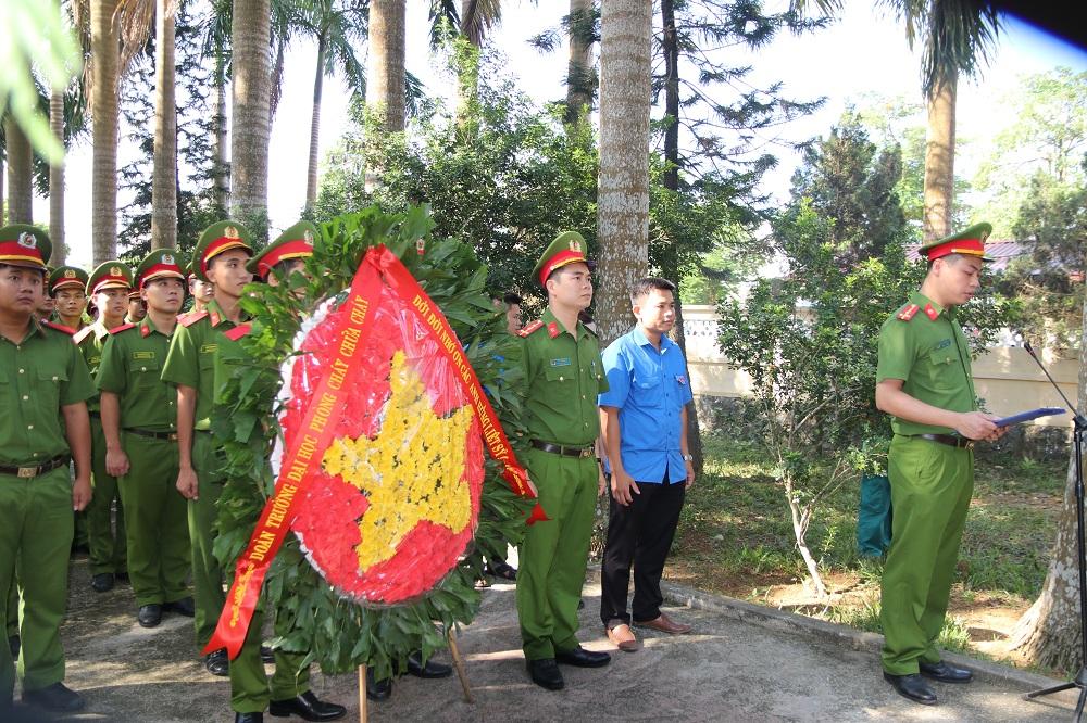 Tuổi trẻ Trường Đại học PCCC tổ chức hành trình tình nguyện nhân Ngày Thương binh liệt sỹ 27/7