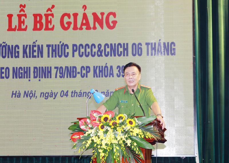 Bế giảng Lớp Bồi dưỡng kiến thức PCCC&CNCH Khóa 39