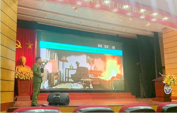 Trường Đại học PCCC tổ chức tuyên truyền, phổ biến kiến thức phòng cháy, chữa cháy và cứu nạn, cứu hộ tại Bộ Thông tin và Truyền thông