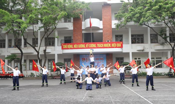 Tin ảnh: Sôi nổi Hội thi dân vũ Trường Đại học PCCC