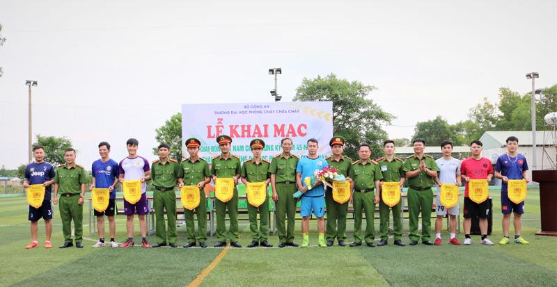 Khai mạc giải bóng đá nam chào mừng Kỷ niệm 45 năm Ngày thành lập Trường Đại học Phòng cháy chữa cháy (02/9/1976 – 02/9/2021)