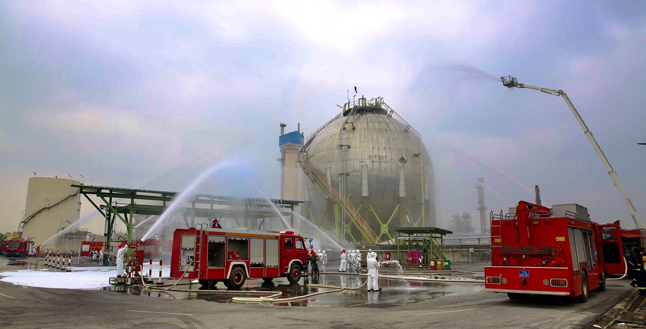 Một số biện pháp bảo đảm an toàn khi tổ chức cứu nạn, cứu hộ sự cố rò rỉ hoá chất Amoniac